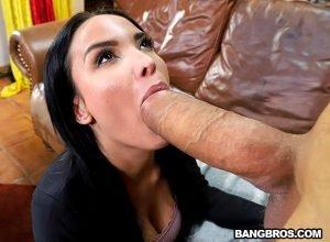 Anissa Kate pussy is too tight for huge cock of John Rasputin HD.