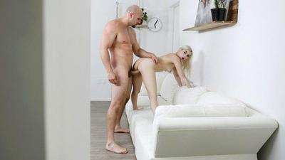 Very Hot Petite Blonde Fuck Hard A Big Cock.