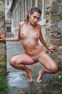 Very Beautiful Amateur French Teen Fuck Outdoor.